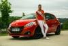Мис Франция 2015 и новото Peugeot 208